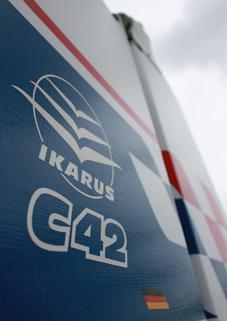 Ikarus C42 Kondoraviatik Service Ausbildung Charter Vertrieb